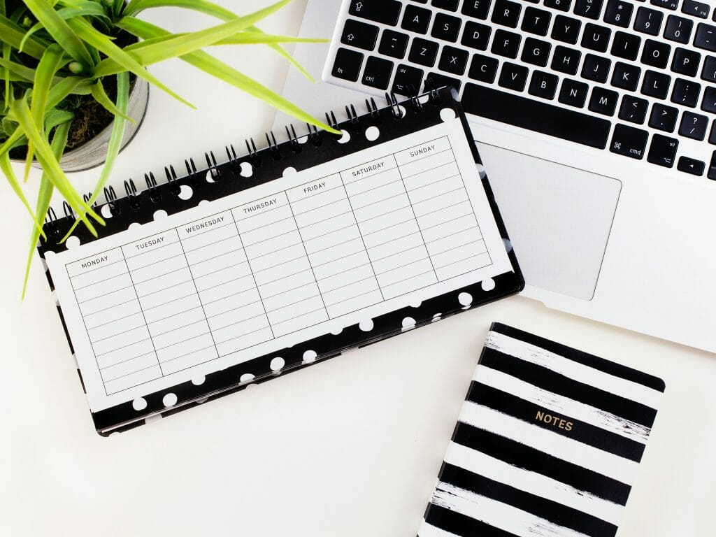 black-and-white-planner