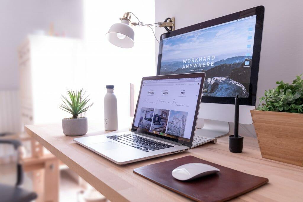 Working-hard-on-money-making-blog