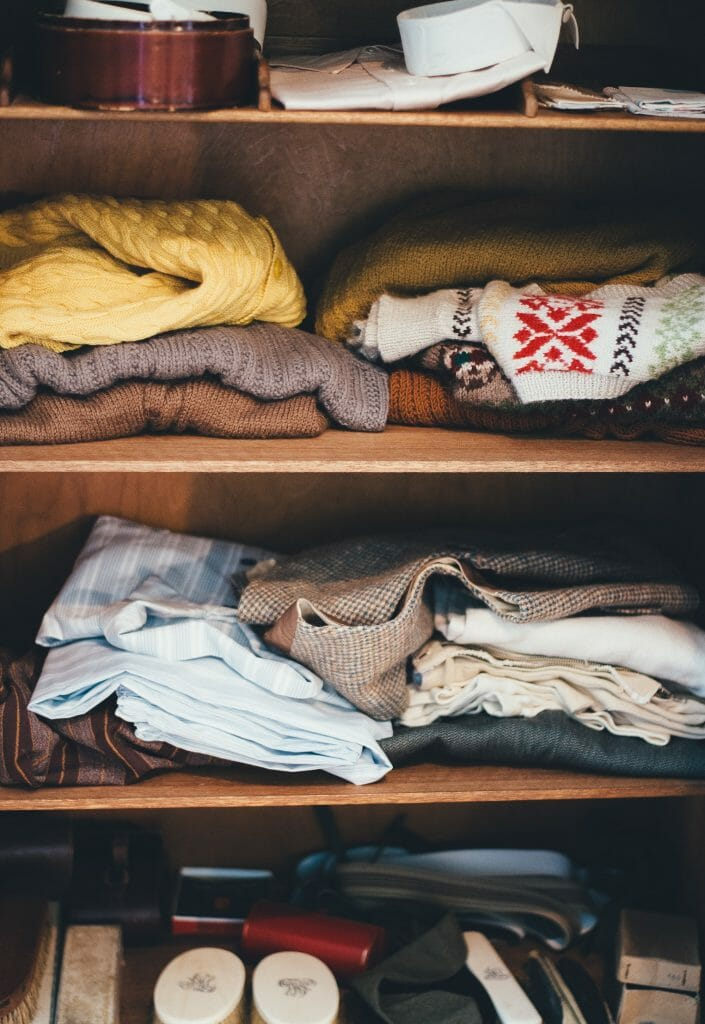 organize-closet-at-home