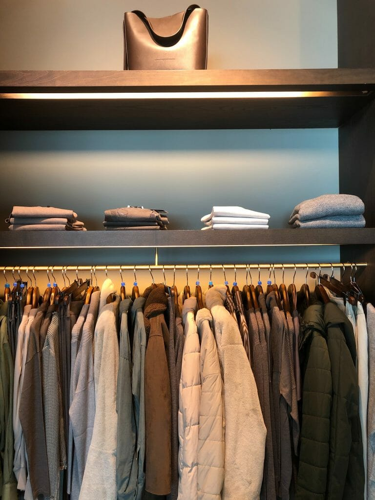 organize-closet-when-bored