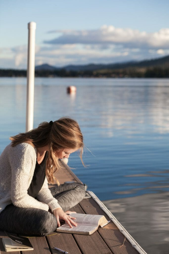 woman-studying-on-dock
