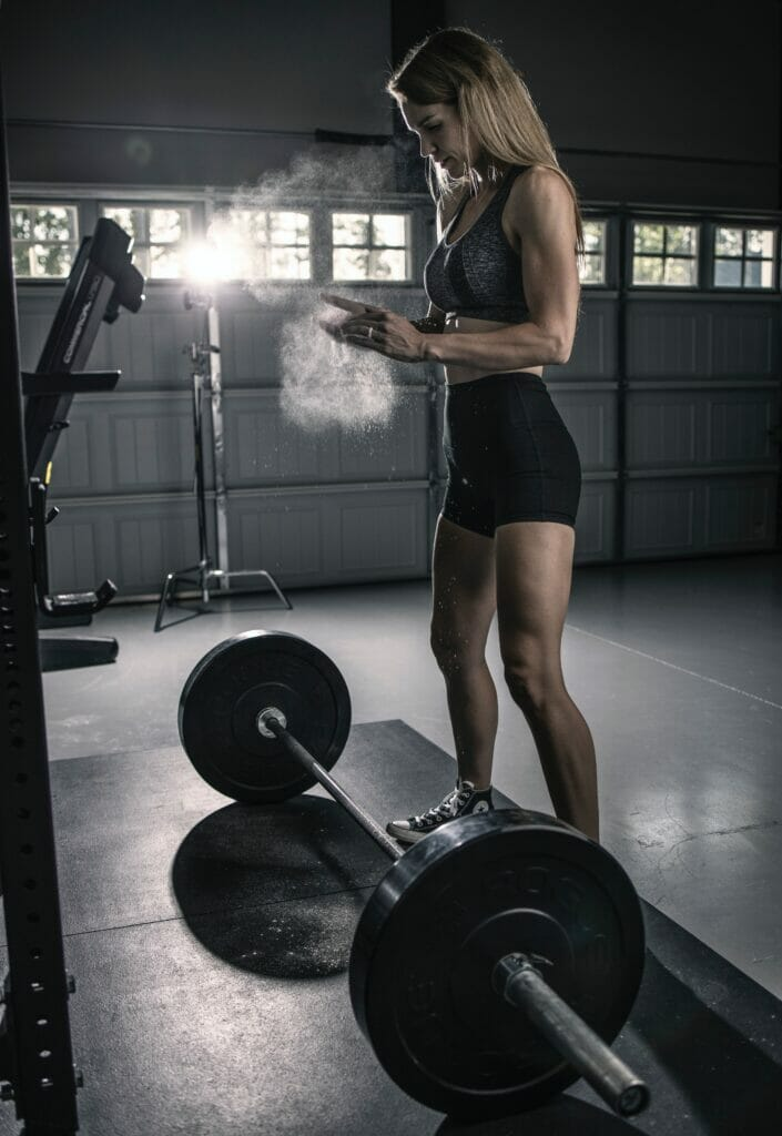 woman about to lift weights